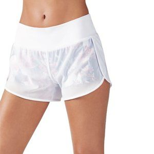 NWT Fabletics Renata Floral Shorts in White Meidum